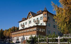 Hotel Li Arnoga - AbcAlberghi.com