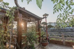 Zen Tea House Seven Stars Park, Bed & Breakfast  Guilin - big - 25