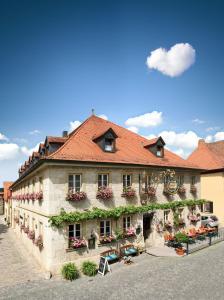 """Gasthof Hotel Weinbau """"Zum Goldenen Ochsen"""" - Giebelstadt"""