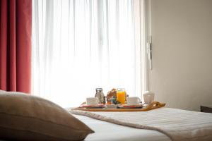 Hôtel Comté de Nice, Hotely  Beaulieu-sur-Mer - big - 20