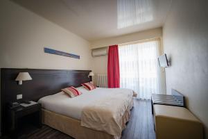 Hôtel Comté de Nice, Hotely  Beaulieu-sur-Mer - big - 12