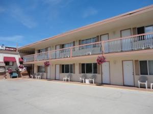 Bella Villa Resort Motel - Osoyoos