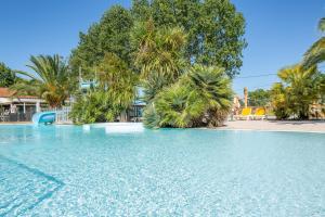 Location gîte, chambres d'hotes Camping Les Cabanes d'Oléron dans le département Charente maritime 17