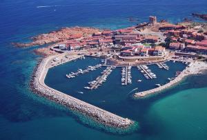 Isola Rossa Appartamenti Superior - AbcAlberghi.com