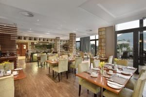 Protea Hotel by Marriott Clarens, Hotely  Clarens - big - 58
