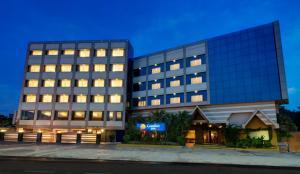 Comfort Inn Sunset, Hotels  Ahmedabad - big - 1