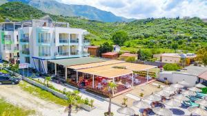 Hotel Royal - Radhimë