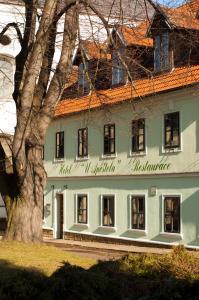Albergues - Hotel U Apoštola