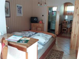 Kaiser Apartman, Ferienwohnungen  Hévíz - big - 26