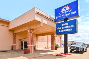 """Americas Best Value Inn Clute"""
