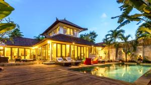 LUXURY Villa Kudeta BEACH (400m),  SEMINYAK CENTER