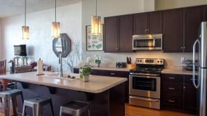 The Lofts at 6th and G, Apartmány  Grants Pass - big - 45