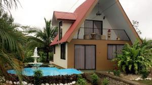 La Fortuna Hause, Estero