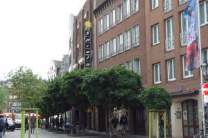 Tolstov-Hotels Old Town Apartment, Ferienwohnungen  Düsseldorf - big - 79