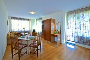 Rossitsa Holiday Apartments, Ferienwohnungen  Kranevo - big - 1