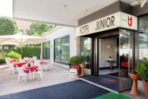 Hotel Junior - AbcAlberghi.com