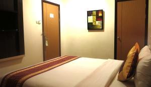 Hotel Jolin, Hotel  Makassar - big - 5