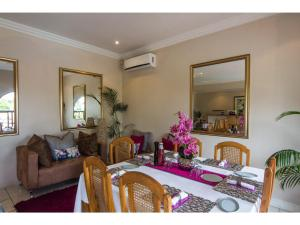 La Loggia Bed and Breakfast, Bed and Breakfasts  Durban - big - 33