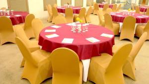 Hotel Jolin, Hotel  Makassar - big - 12