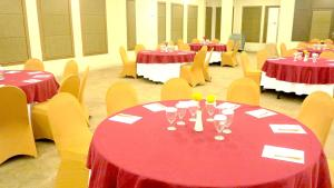 Hotel Jolin, Hotel  Makassar - big - 10