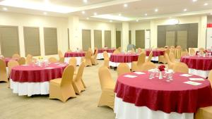Hotel Jolin, Hotels  Makassar - big - 11
