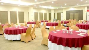 Hotel Jolin, Hotel  Makassar - big - 9