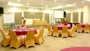 Hotel Jolin, Hotel  Makassar - big - 8