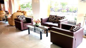 Hotel Jolin, Hotel  Makassar - big - 16