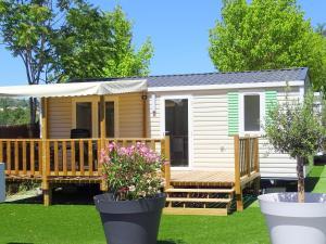 Location gîte, chambres d'hotes Camping La Pinede dans le département Alpes de haute provence 4