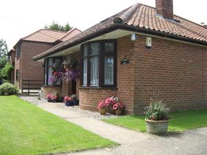 Leeward Bed & Breakfast, Bed & Breakfast - South Walsham