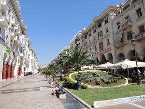 Aristotelous Square Luxury Apartment