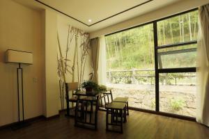 Blooming Lotus. Countryside villa.Yixing