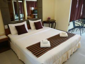Pornthep Hotel 2 - Haad Klong Son