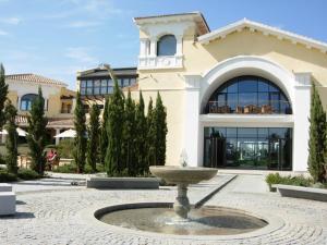 Coming Home - Penthouses La Torre Golf Resort, Apartmanok  Roldán - big - 67