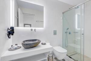 Makis Place, Aparthotels  Tourlos - big - 40