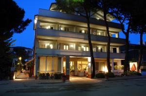 Hotel Eros Residence - AbcAlberghi.com