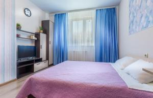 Apartment on Strelkovaya 6