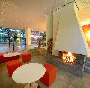 Hotel Ullrich, Hotely  Elfershausen - big - 39