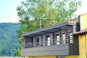 Hiša 2