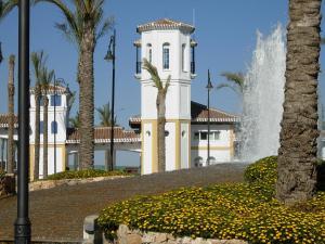 Coming Home - Penthouses La Torre Golf Resort, Apartmanok  Roldán - big - 81