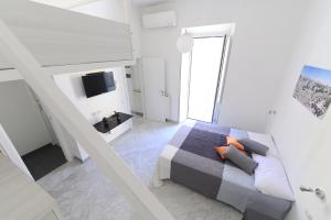 Bright apartment off Porta Pia - AbcRoma.com