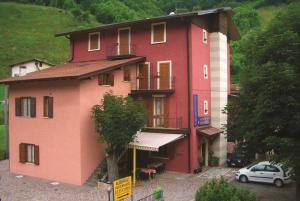 Albergo Belvedere - Hotel - Collio