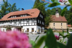Alte Schmiede Lückendorf - Яблонне-в-Подьештеди