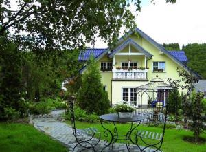 Eifelferien-Ferienwohnung-Haus-Eden - Arft