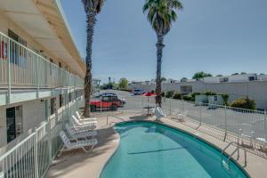 obrázek - Bridgeway Inn & Suites