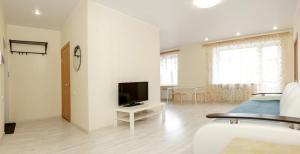 Omsk Sutki Apartments on Stachechnaya 6