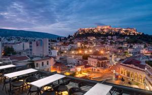 A for Athens, Афины