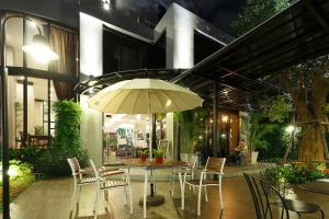 Green Point Residence Hotel - Ban Khi Sua