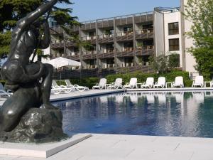 Hotel Acquaviva del Garda (2 of 77)