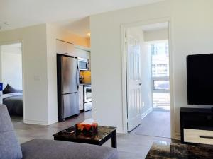 Executive 3 Bedroom Condo, Ferienwohnungen  Toronto - big - 8